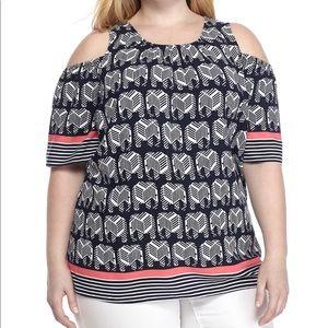🍄 Crown & Ivy Open Shoulder Top Size 1X